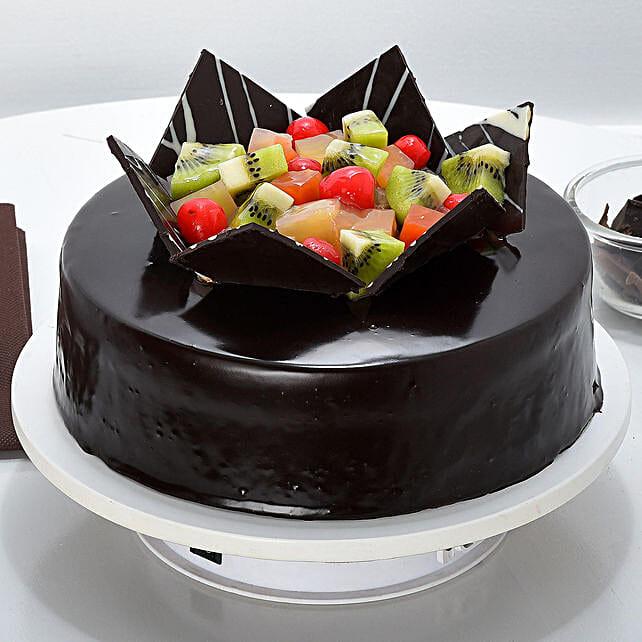 Chocolate Fruit Gateau: Fresh Fruit Cakes