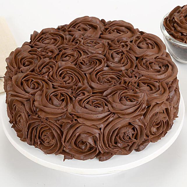Chocolaty Rose Cake: Designer Cakes