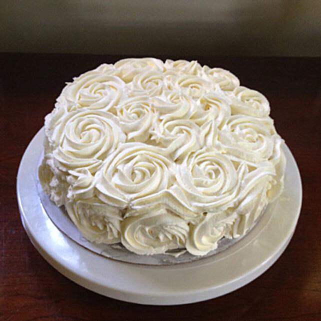 White Rose Cake: Designer Cakes
