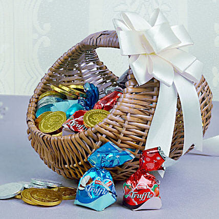 Basket Of Chocolaty Treats: Send Christmas Gift Hampers