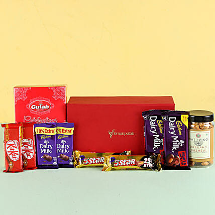 Nutty Chocolaty Festive Hamper: Gift Combos