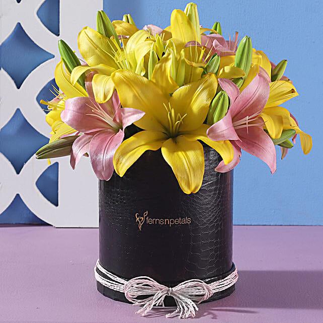 Box Of Asiatic Lilies: Fresh Flower Arrangement