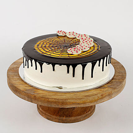 White Choco Coin Cream Cake: