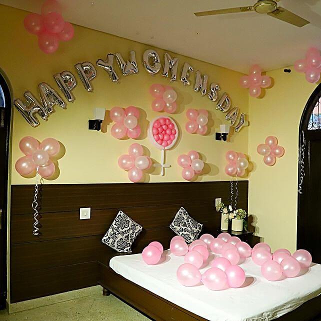 Women's Day Decor: Balloon Decorations