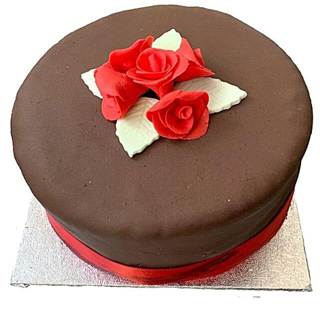 Chocolate Rose Cake Send Birthday Cakes To London
