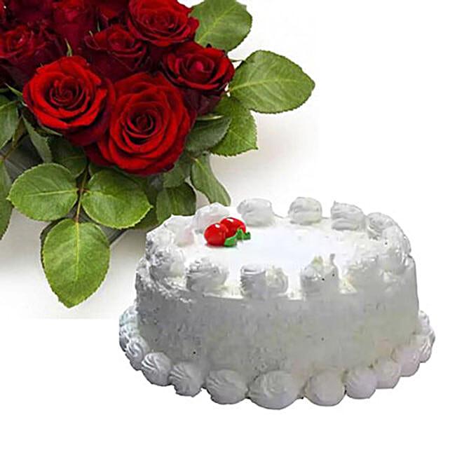 Vanilla Cake With Dozen Roses