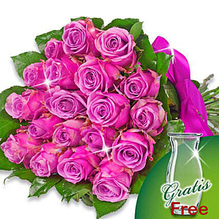 Bunch of 20 purple roses