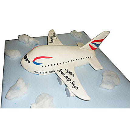 Airplane Cake 4kg Pineapple