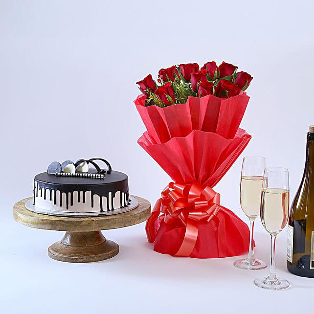 Beautiful Red Rose Hamper Standard