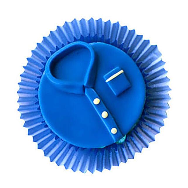 Blue tshirt Cupcakes 24