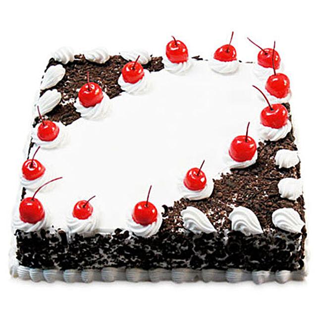 Cherry Blackforest Cake Half kg Eggless