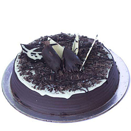 Chocolate Chip Cake 1kg Eggless