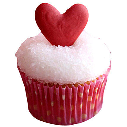 Classic Valentine Heart Cupcakes 24 by FNP