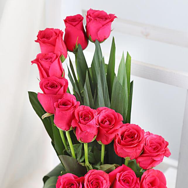 Pink Rose Arrangement Gift Pink Roses Bouquet Ferns N