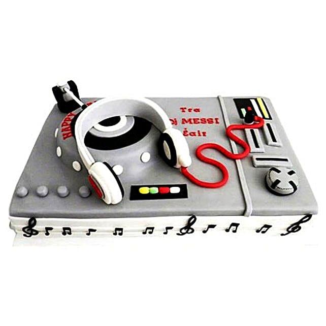 DJ Special Cake 2kg Black Forest
