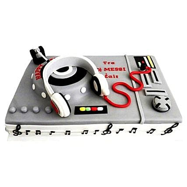 DJ Special Cake 3kg Eggless Butterscotch