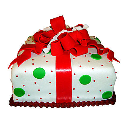 Exquisite Christmas Gift Cake 2kg Eggless