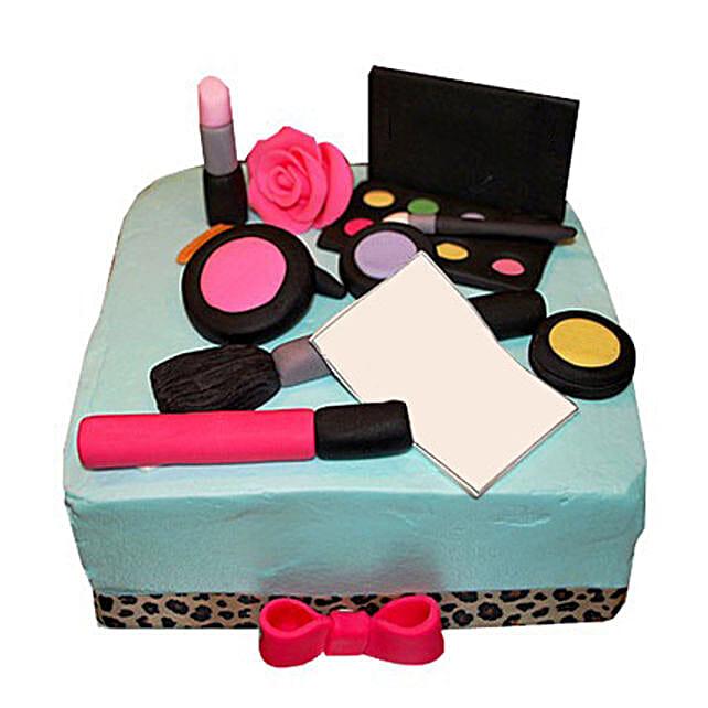 MAC Makeup Cake 3kg Vanilla Eggless