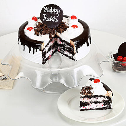Rakhi with Blackforest Cake half kg