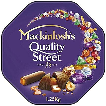 Mackintoshs Quality Streets Treat