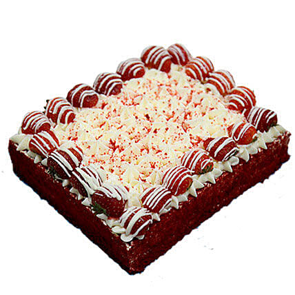 8 Portion Red Velvet Enticing Cake