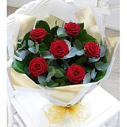 Send easter gift to uae easter gift delivery in uae ferns n petals beauty of love easter gifts to uae negle Images