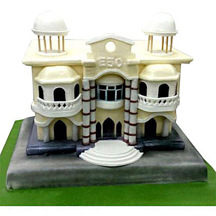 Building House Cake