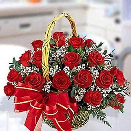 Red Roses Arrangement 40 Stems