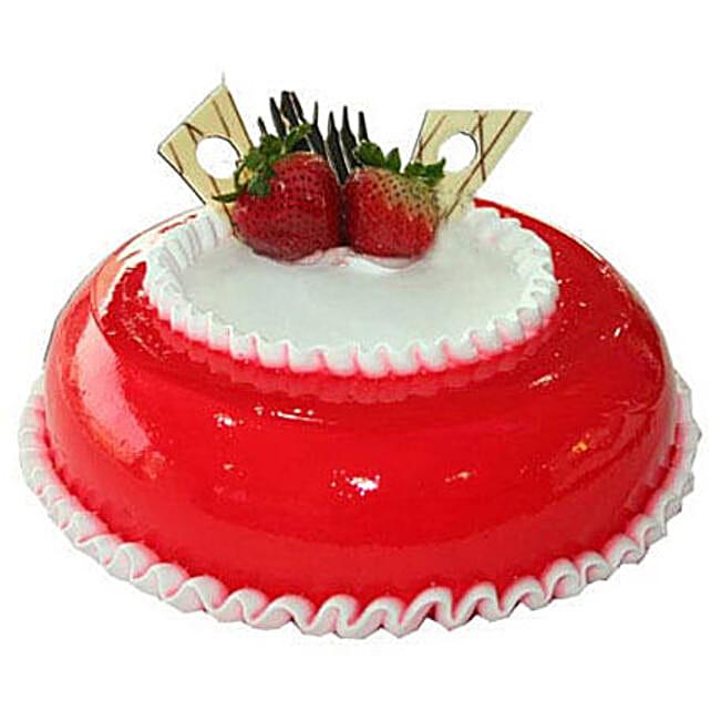 Strawberry Round Cake