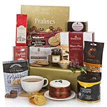 Send gifts to london online gift delivery in london ferns n petals bearing gifts christmas hamper gift delivery in london negle Choice Image