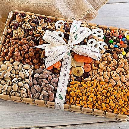 Gourmet Mixed Nuts for a Crowd